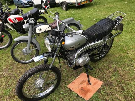 Japanese motorcycle club1